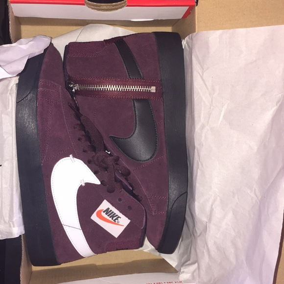 competitive price 212d6 bce84 Nike Blazer Mid Rebel Women s shoes